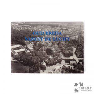 Oud Breda vanuit de lucht is een boek met zwart-wit luchtfoto's van Breda vanaf 1921 met toelichtende teksten. De foto's zijn gemaakt door KLM Aarocarto Vogelvluchtfotografie. Het boek in softcover lelt 64 pagina's en is uitgegeven door Slingenberg, Hoogeveen 1996.