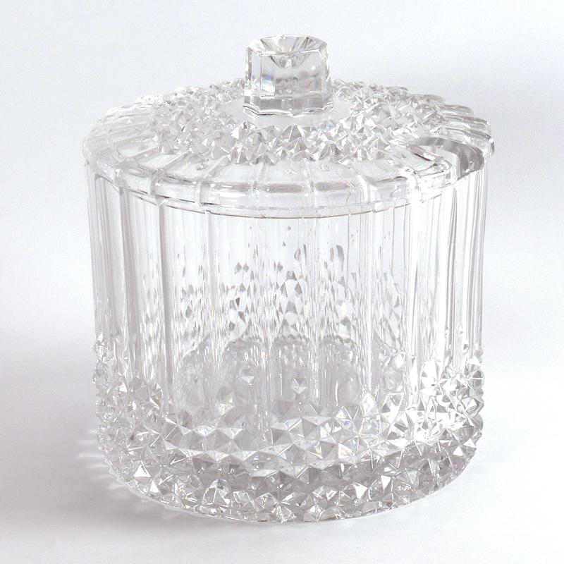 Pot Met Deksel.Kristallen Pot Met Deksel Vindingrijk Kringloopwarenhuis Breda