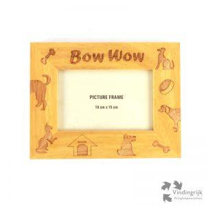 Bow Wow gepersonaliseerde fotolijsten zijn door gravering gedecoreerd en dus allemaal uniek. Deze lijst is speciaal gemaakt voor de foto van de Hond.