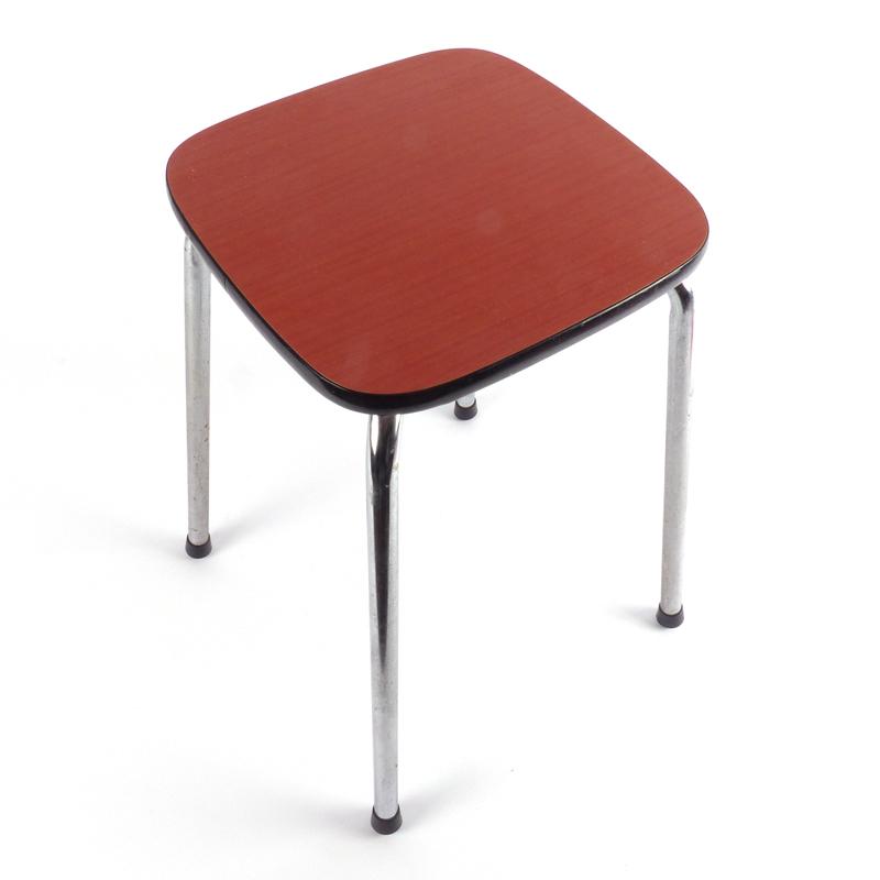 Vintage formica krukje vindingrijk kringloopwarenhuis breda for Webshop meubels