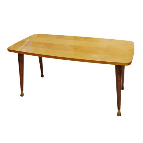Vintage salontafel vindingrijk kringloopwarenhuis breda for Webshop meubels